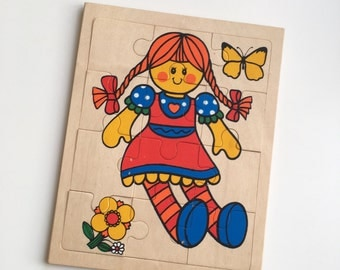 Pippi Longstocking wooden jigsaw puzzle - children's toys - 1970s mid century modern Scandinavian - Swedish souvenir gift