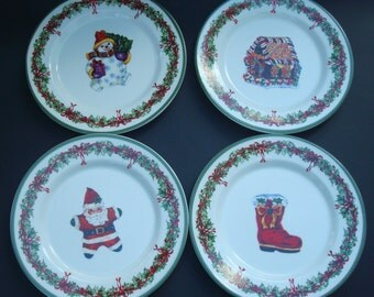 Christopher Radko Traditions Holiday Celebrations set of 4 Salad/ Dessert Plates