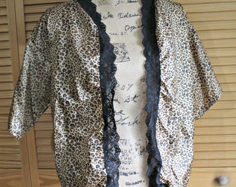 Handmade. Kimono. Leopard/cheetah. print. Silky. Light weight. Black. Lace.