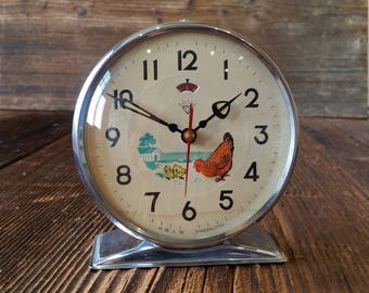 Vintage-Animated-Pecking-Chicken-Hen-Alarm-Clock-China-1980s Mechanical Alarm Clock, Shanghai China, Working condition