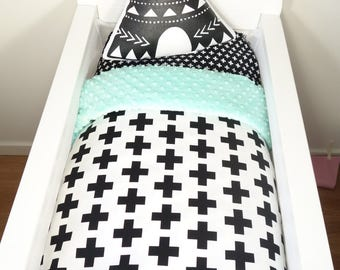 Bassinet gift packge OR bassinet quilt - Black crosses AND mint minky