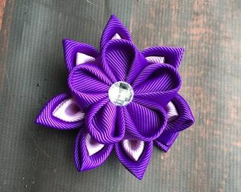 Purple Kanzashi flower hair clip. Waterlily hair clip. Kanzashi hair flower. Japanese Fabric Flower Clip. Colorful flower hair clip, purple