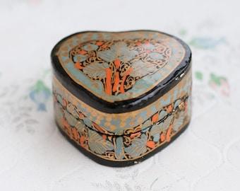 Small Heart Box - Little Lacquer wooden Trinket Box - Rustic Home decor