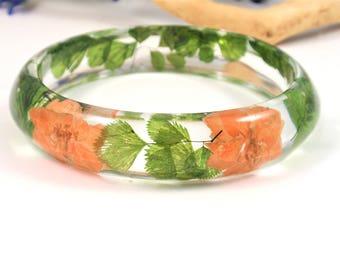 Real Flower Resin Bracelet, Stunning Resin Bangle Bracelet, Plant Bracelet, Bangle jewelry, Chunky bangle, Botanical jewelry, Size XL