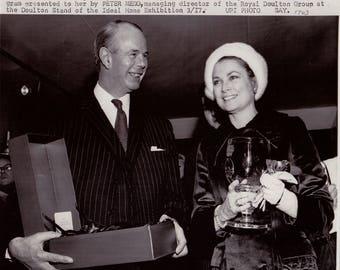 Vintage Wire photograph Grace Kelly (Princess Grace, Monaco) - London,  dated: 3/17/71