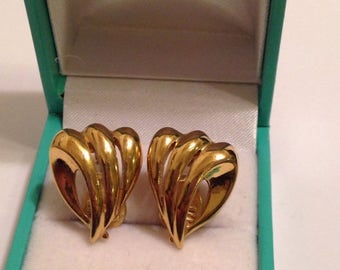 On Sale Vintage Signed Monet Signed Clip On Gold Earrings Jewelry
