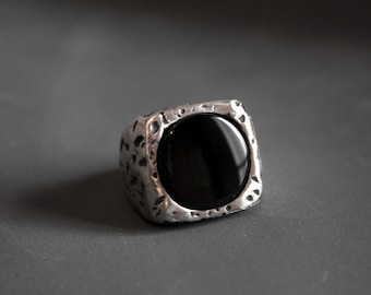 Black onyx ring, large solid silver ring, game of thrones, mens rings, black stone ring, unisex ring, boho jewelry, heavy ring, gift for him