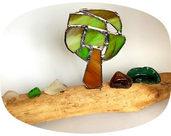 Stained and beach glass tree in driftwood