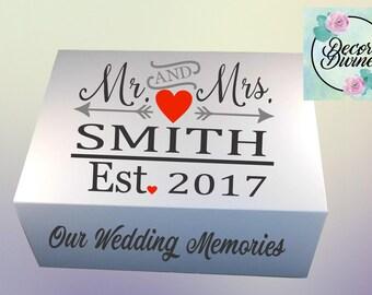 Wedding keepsake box/Wedding Memory Box/Wedding Gift/Gift for wedding/Wedding day keepsake/Wedding Day memory box/Wedding reception gift