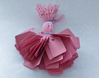 100  cute pink small price tags 29mm x 19mm jewellery swing tickets with pink strings