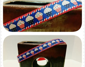 Patriotic Dog Collars, Pet Collar, or Leash in Red, White and Blue