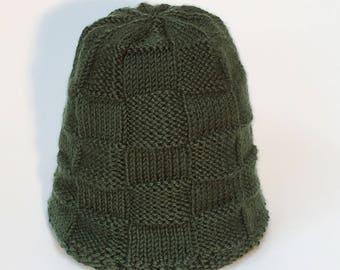 Green Knit Hat, Woman's Knit Hat, Woman's Green Hat, Woman's Winter Hat, Fall Hat, Basketweave Hat