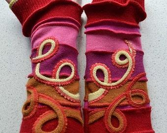 Katwise style lined Arm warmers / wristwarmer / fingerless gloves red-pink-orange-swirls