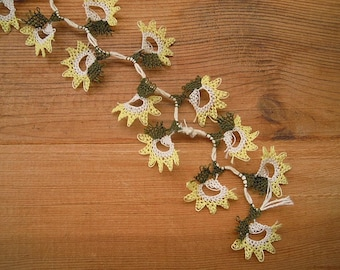 yellow needle lace flower 20 pieces