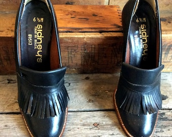 Vintage Antique Restro Estate Black Leather Sidney's Made in Brazil Stacked Heel Shoes Pumps Tassels Size 6 1/2