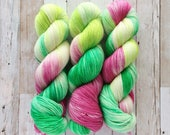 not that may flower | yuki fingering | hand dyed yarn | berry green | 80/10/10 SW MCN Merino Sock