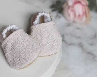 Pink and Lace Baby Shoes, Baby Girl Shoes, Pink Baby Girl Shoes, Lace Baby Girl Shoes, Baby Booties, Pink Booties, Baby Moccasins, Baby Shoe