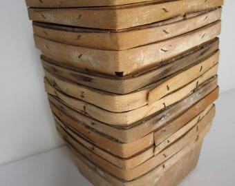 Vintage Berry Baskets Fruit Farm Baskets Wooden Baskets - One Dozen