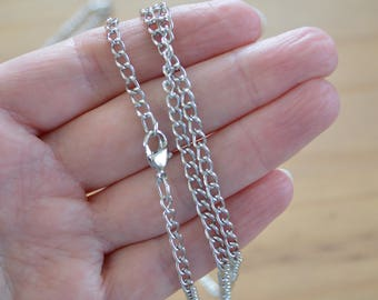 Wholesale !!! Ten x 31.5 inch Antique Silver Colour  Chain / Necklace with lobster claw clasp.