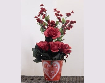 Gift for her, Red Roses, Valentine's Day, Silk flowers, Valentines gift, floral centerpiece, table centerpiece, Valentine decor
