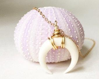 Medium Double Horn Pendant Necklace Gold Wrapped Horn Necklace Horn Necklace Crescent Necklace Tusk Pendant   Boho Jewelry Boho Necklace