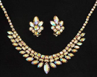 "1950s - ""SHERMAN"" Vintage Aurora Borealis Crystals Necklace & Earrings Set"
