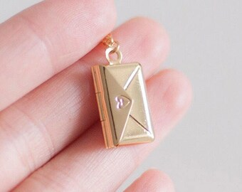 Mini Gold Plated Envelope Necklace - Gold - Openable - Mail - Mom - Mother's Day - Dogeared Necklace - Letter Charm - Envelope Locket