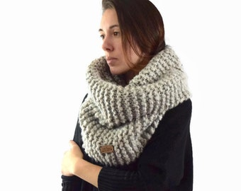 Chunky Knit Cowl Textured Ribbed Tube Scarf - Hood - Snood - Cape // The Ganondagan Cowl