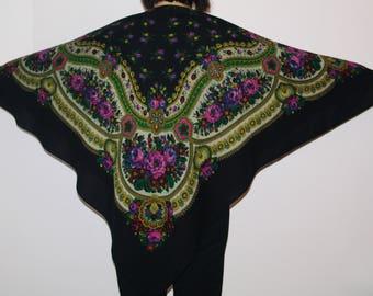 Huge Black Russian Shawl / Pavlovo Posad shawl / Ukrainian Shawl/ Folk Scarf Babushka Roses Traditional Slavic floral ornaments Polish shawl