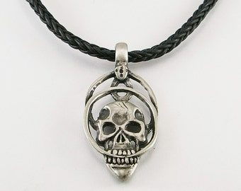 Skull with circles pendant, men pendant, men necklace, skull pendant, skull pendant necklace, men gift,