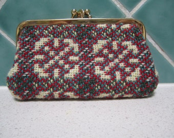 Vintage Coin Purse - 100% Wool - Made in Wales - Red, Green, Cream and Blue