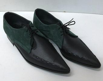 Gibson Joman Weave Winklepicker Shoes in Green Suede/Black Leather