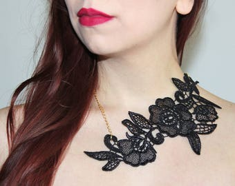 Black lace necklace. Statement necklace, italian lace, venice black lace, goth jewelry
