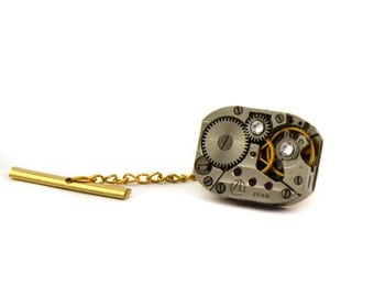 SteamPunk Tie Tack with Chain,Mens Silver Tie Pin,Steampunk – Vintage tie tack,Christmas Gifts for Husband,Boyfriend Gifts Clutch and Chain.