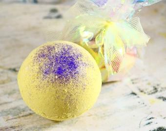 Lemon Lavender Butter Bomb, Luxury Bath Bomb, Bath Bomb, Bath Fizzy, Bath Fizzie, Goat Milk, Cocoa Butter, Shea Butter, Colloidal Oatmeal
