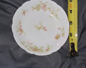 "Haviland Limoges 4 1/2"" Inch Finger Bowl / Butter Plate in the hard to find Schleiger 51 - 5 pattern"