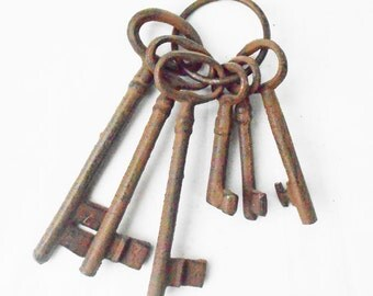 New Cast Iron Bronze 6 Keys