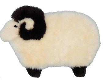 Sheepskin Little Sheep Rug: White (78-M19)