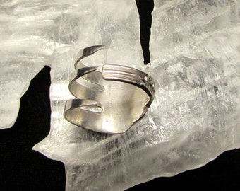 Sterling Silver Fork ring.  Three tine Fork ring.