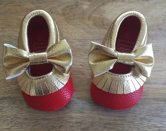 Red and gold baby girl leather moccasins, red and gold moccasins, baby girl leather moccasins