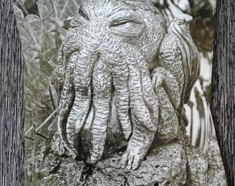 POST CARD Horror Cthulhu Creature