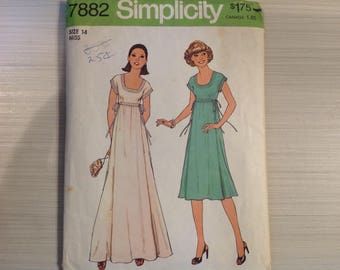 Simplicity 7882 Dress Pattern from 1970s