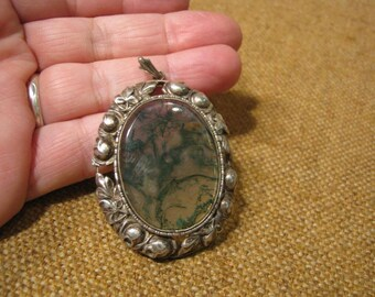 Amazing Antique Silver Rock Crystal With Moss Pendant 14.3 Grams.