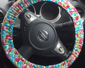 Me-Mo Spring Tulips Steering Wheel Cover