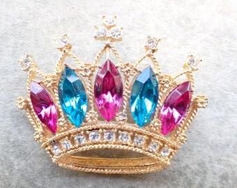 Vintage Royal Crown Brooch gold tone and rhinestones AB547