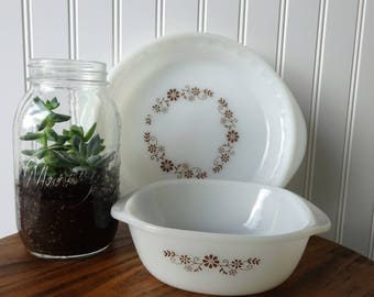 Vintage Dynaware Pyr-o-Rey Brown Flower - Milk Glass Pie Pan - Milk Glass Casserole Dish