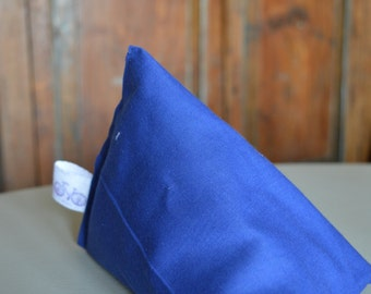 iPad Mini Beanie / Kindle Stand / e Reader Pillow / Tablet Cushion - Plain Blue
