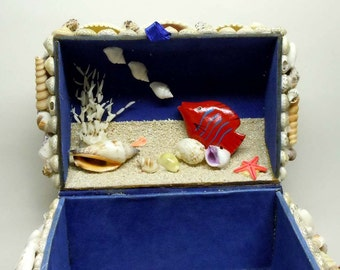 Treasures Under The Sea Shell Jewelry Trinket Box Casket Felt Lined Chest