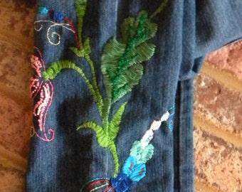 Hand Embroidered GLoria Vanderbilt Jeans Size 4P