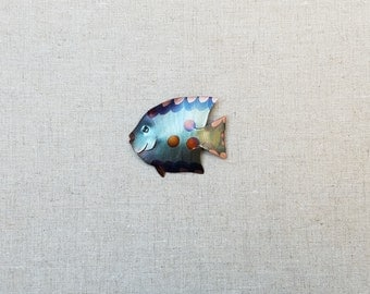 Flame painted copper Disc Fish, pin